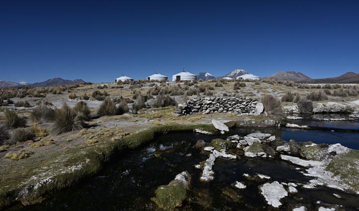 Yurt-camp-Sajama-Amazing-Es