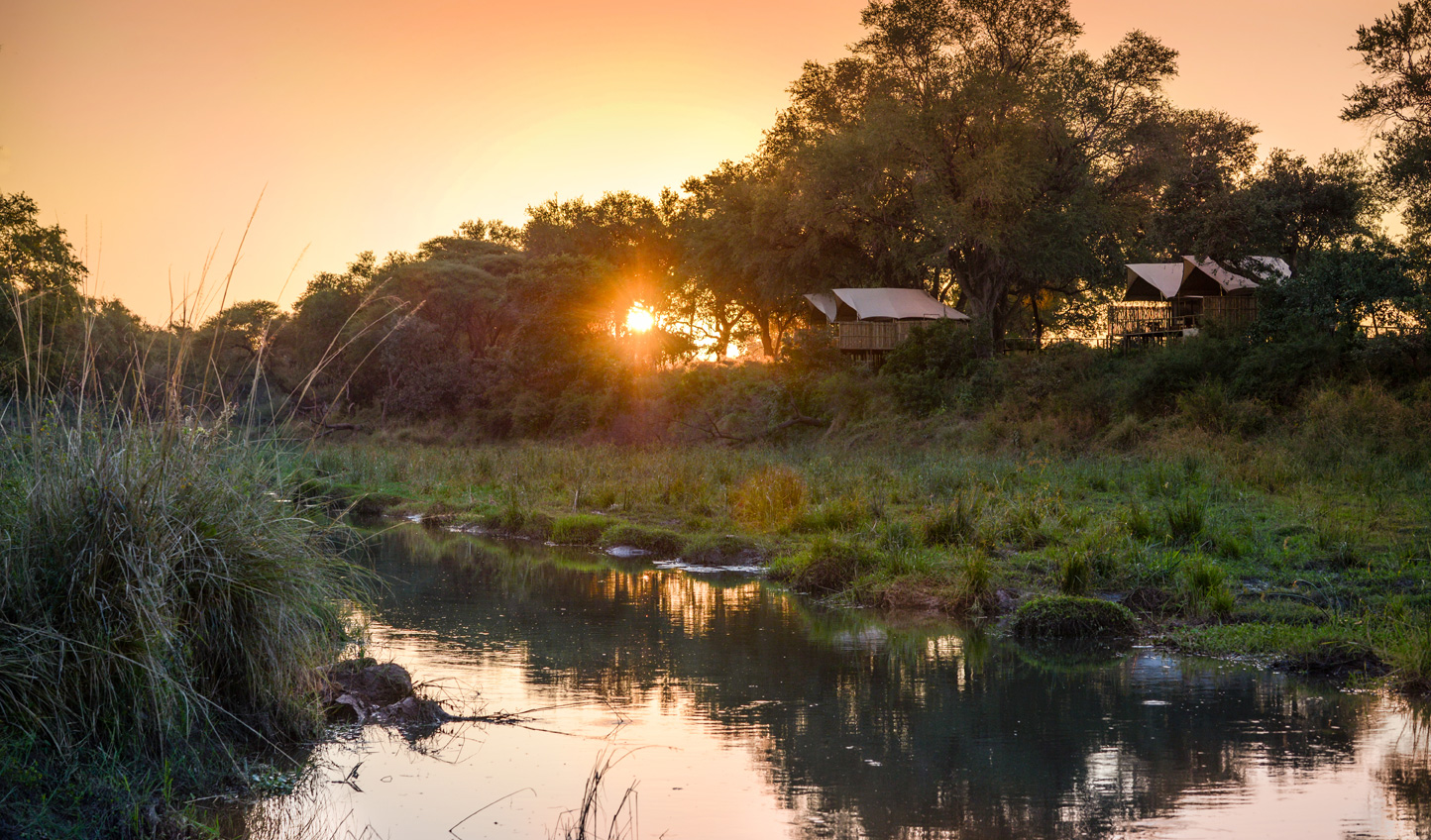 Wonderful views over the Zambezi River from Anabezi