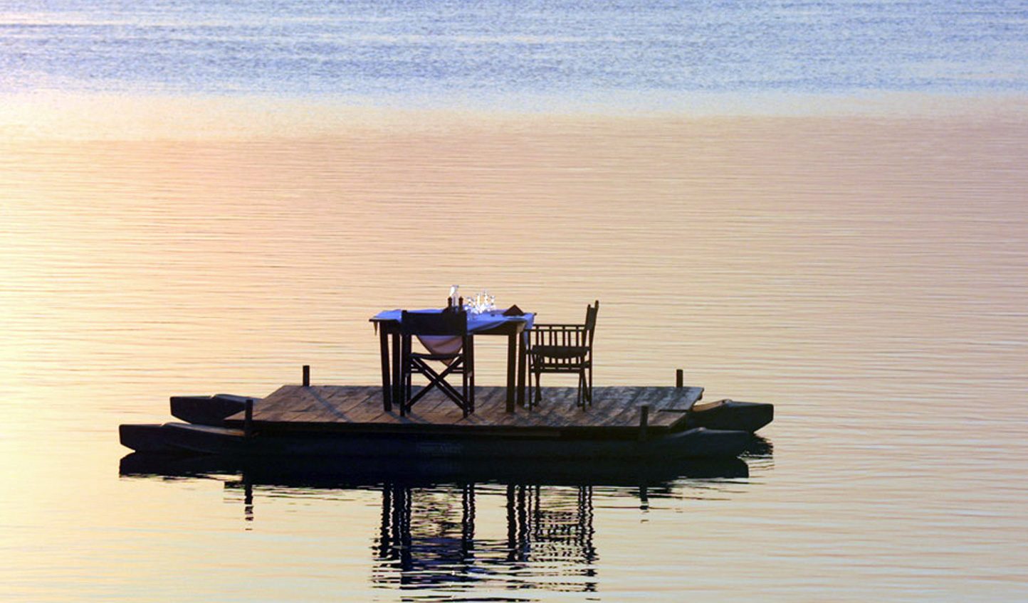 Indulge in a Sampan Dinner in the middle of the Zambezi River