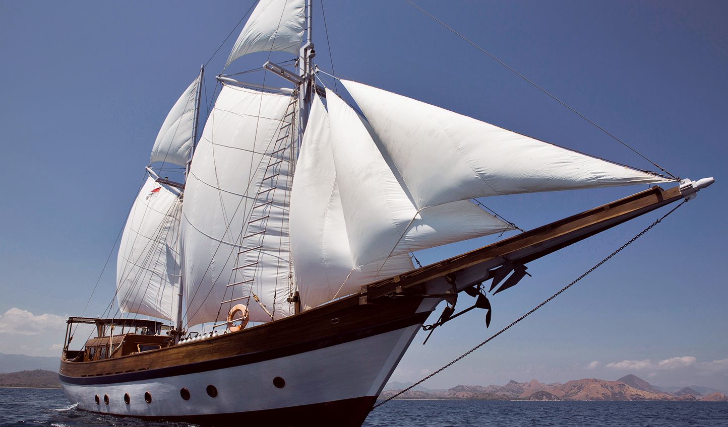 The Mantra features a low superstructure with a large deck from bow to stern.