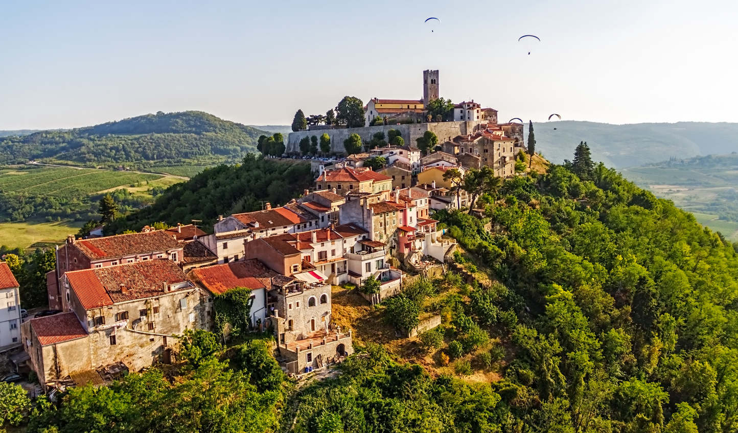 Motovun, one of the surrounding towns for truffle hunting