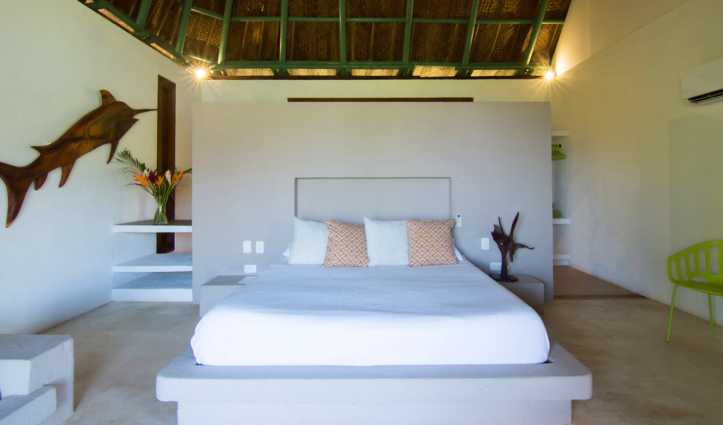 Minimal design places emphasis on natural materials and the surrounding beauty of Tayrona