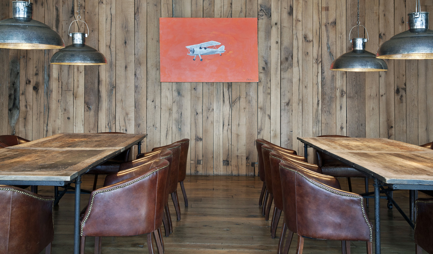 Sit down to traditional Georgian fare in the wood-paneled dining room
