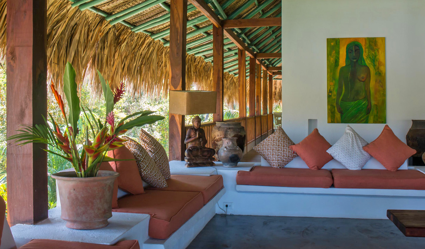 Jungle chic design makes you feel at home in the tropics