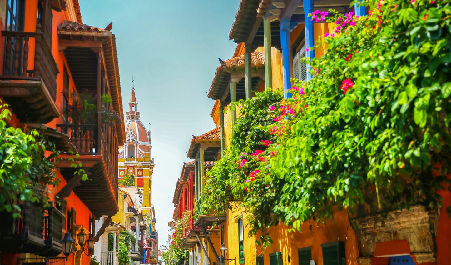 Explore the cobblestone streets of Cartagena