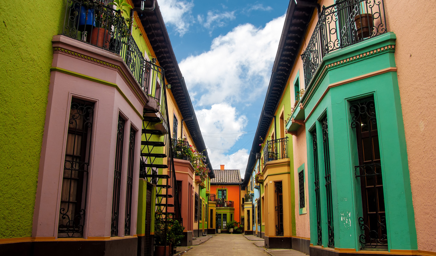 An empty and colourful street to be explored in Bogota