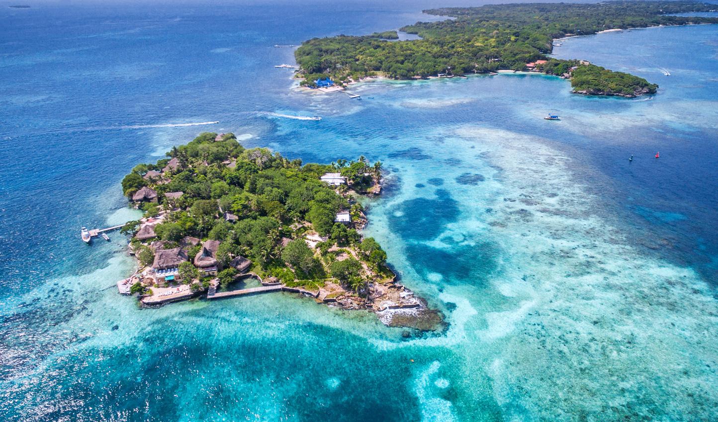 The abundant reefs of the Rosario Islands
