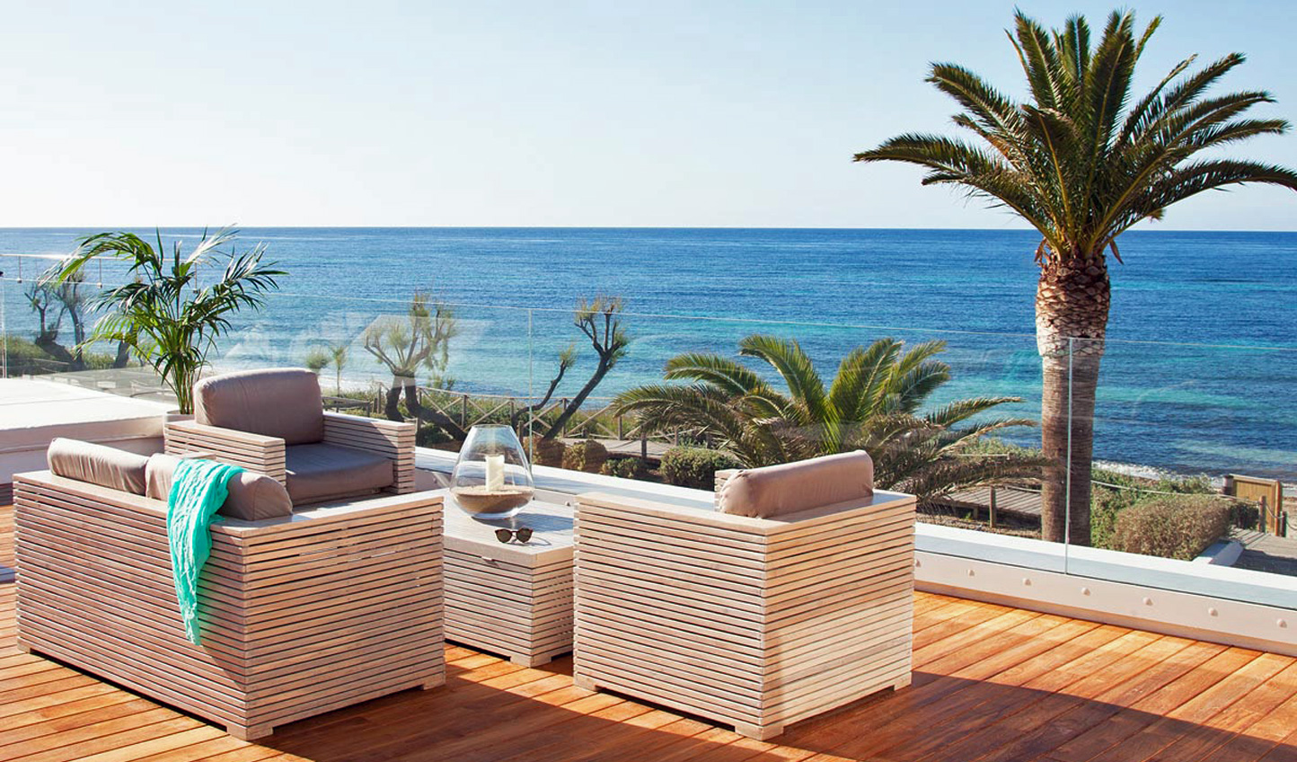 Your private terrace from which to enjoy the expansive views