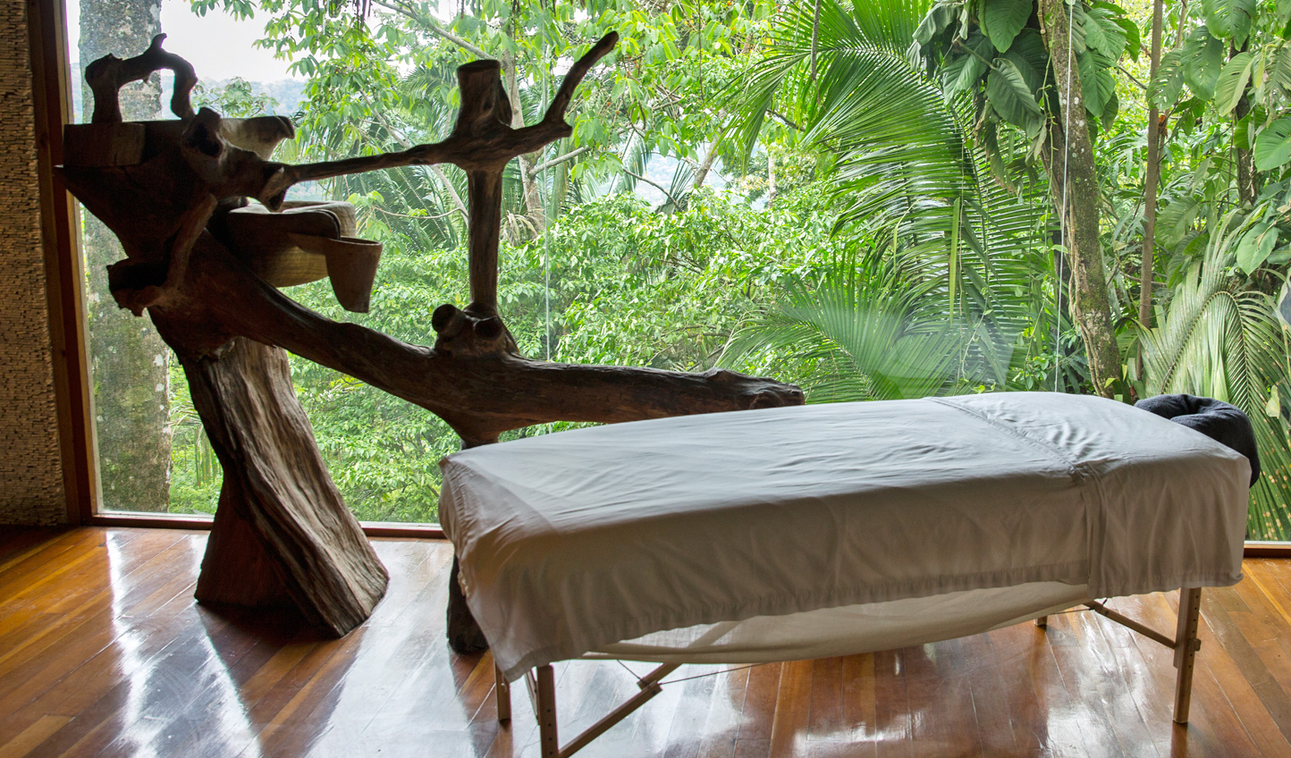 Soothe your soul with a relaxing massage to a soundtrack of tropical birds