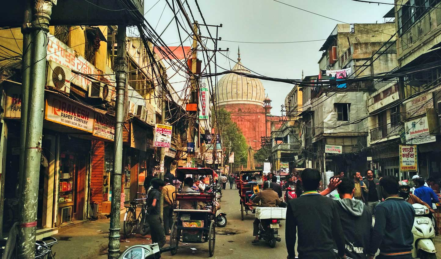 Navigate the busy streets of Chandni Chowk Market