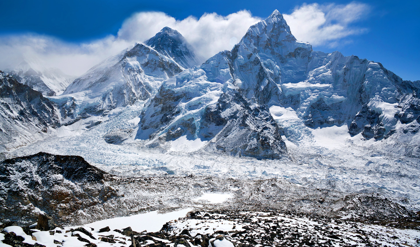 An unbeatable breakfast view awaits you at the top of Everest Base Camp