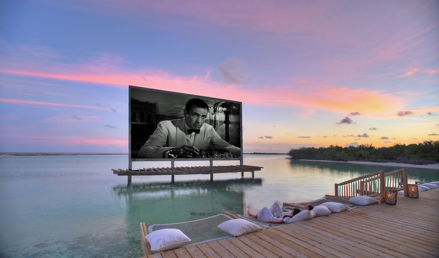 Relax with a film beneath the stars and above the water