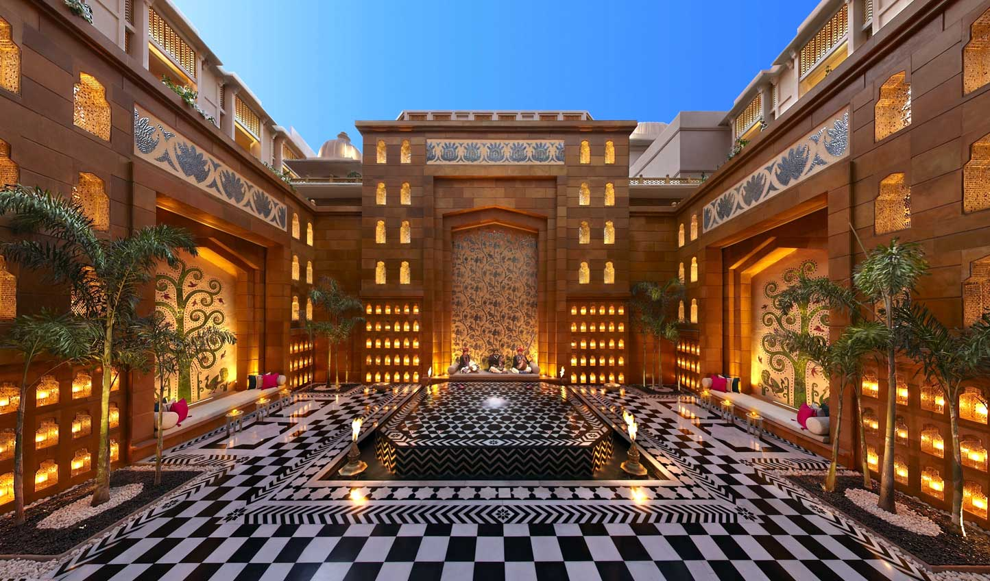 Head out into the courtyard for a nightly display of traditional Rajasthani folk music and dance
