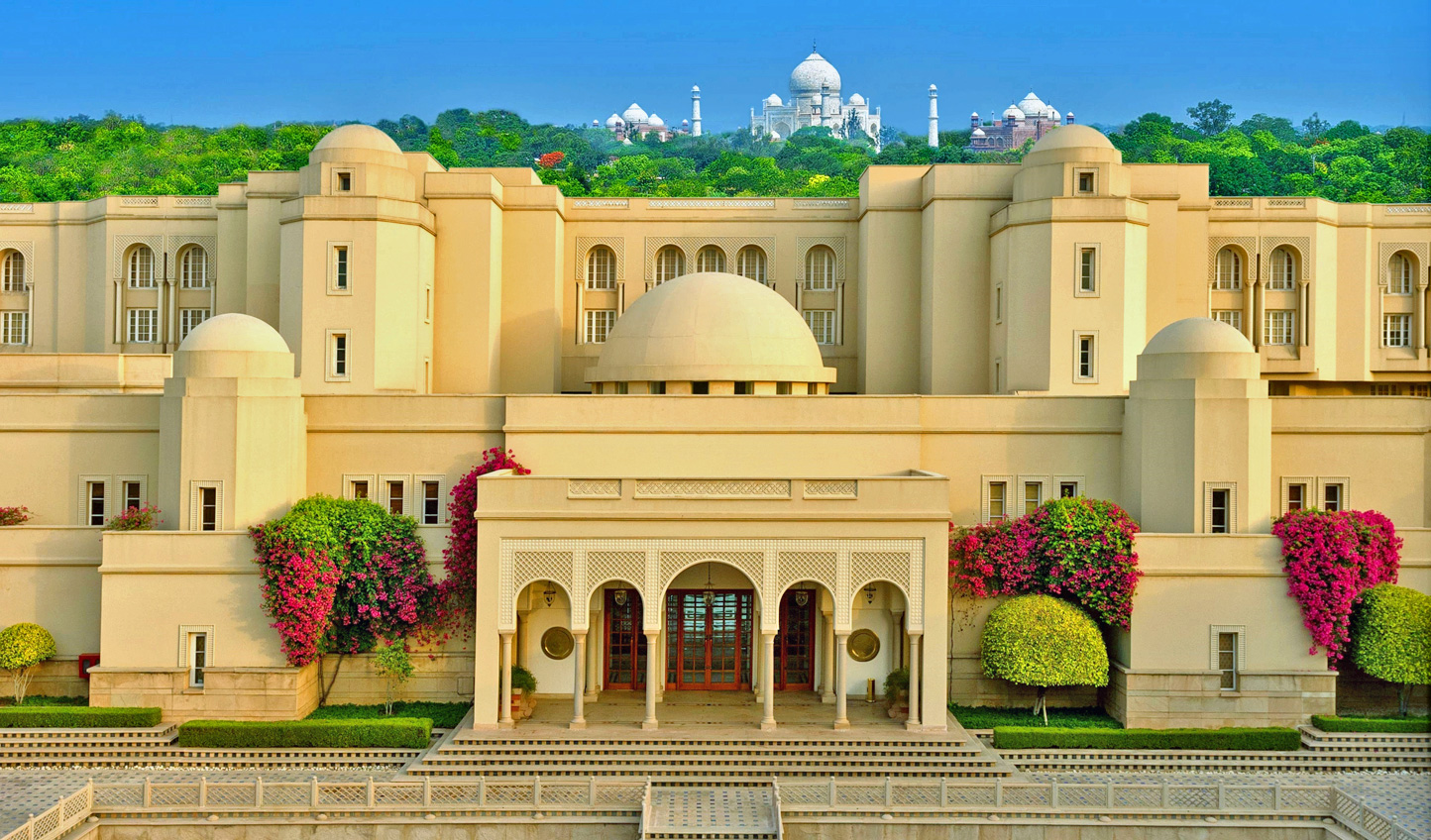 Stay in the shadow of the Taj at Amarvilas