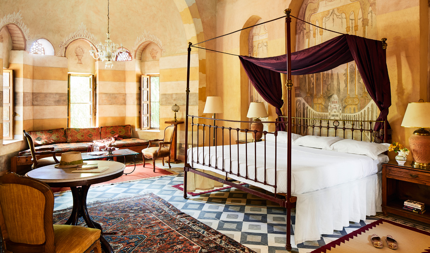 Traditional design that will transport you to Ottoman Palaces
