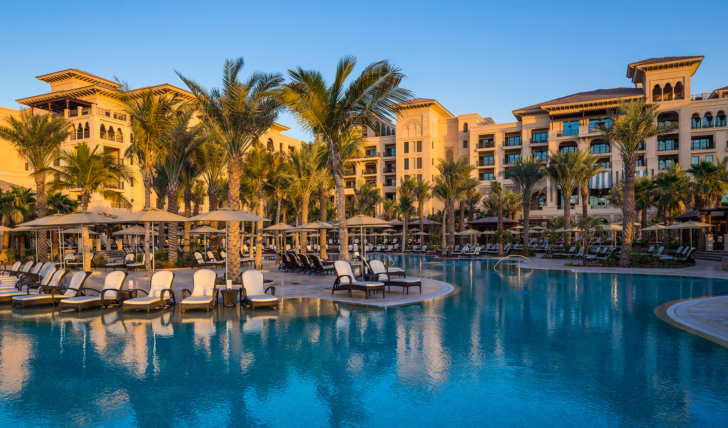 Spend your days relaxing by the pool until the sun eventually fades into the Gulf
