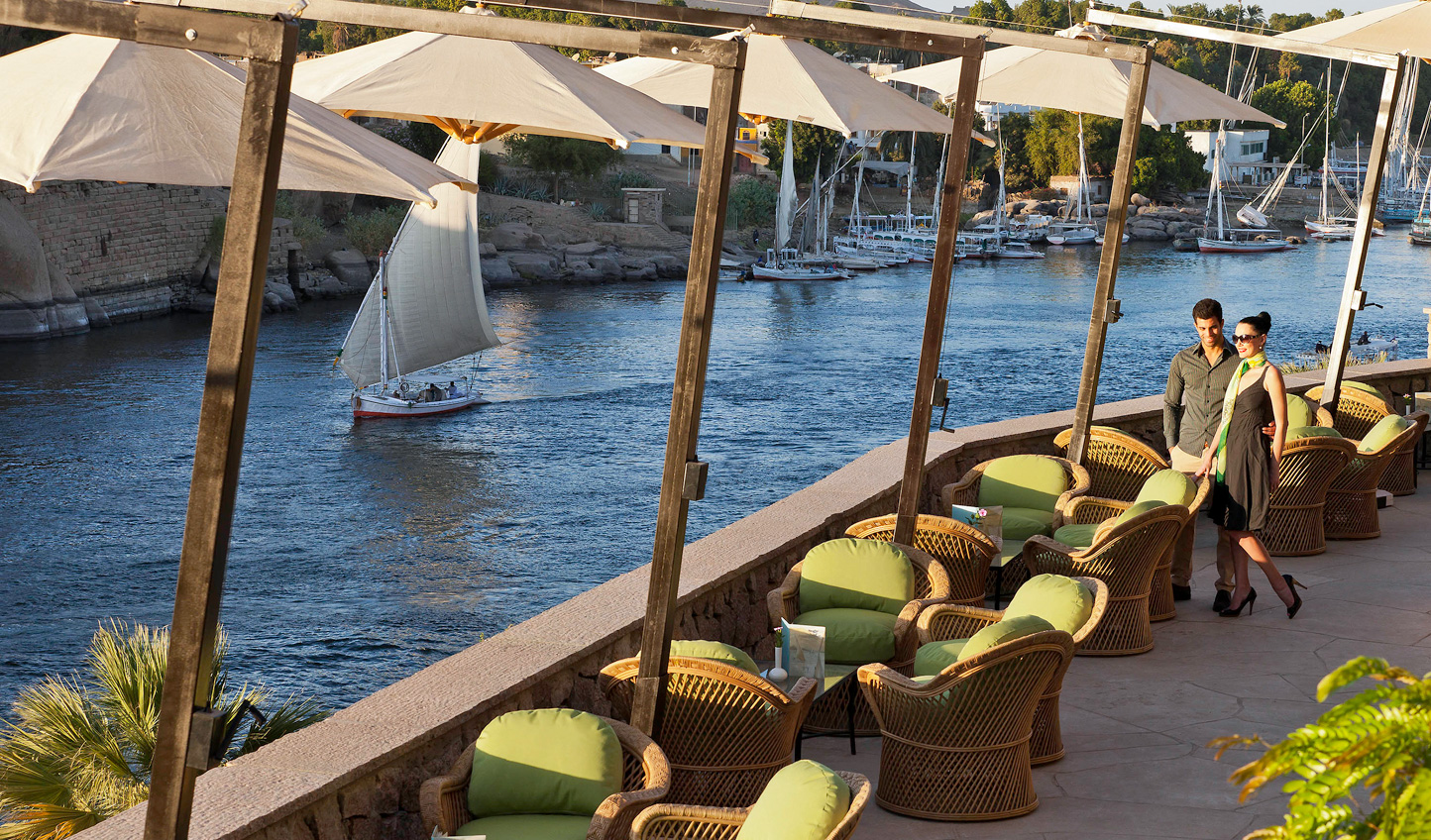 Spend an afternoon down at the Promenade watching life on the Nile go by