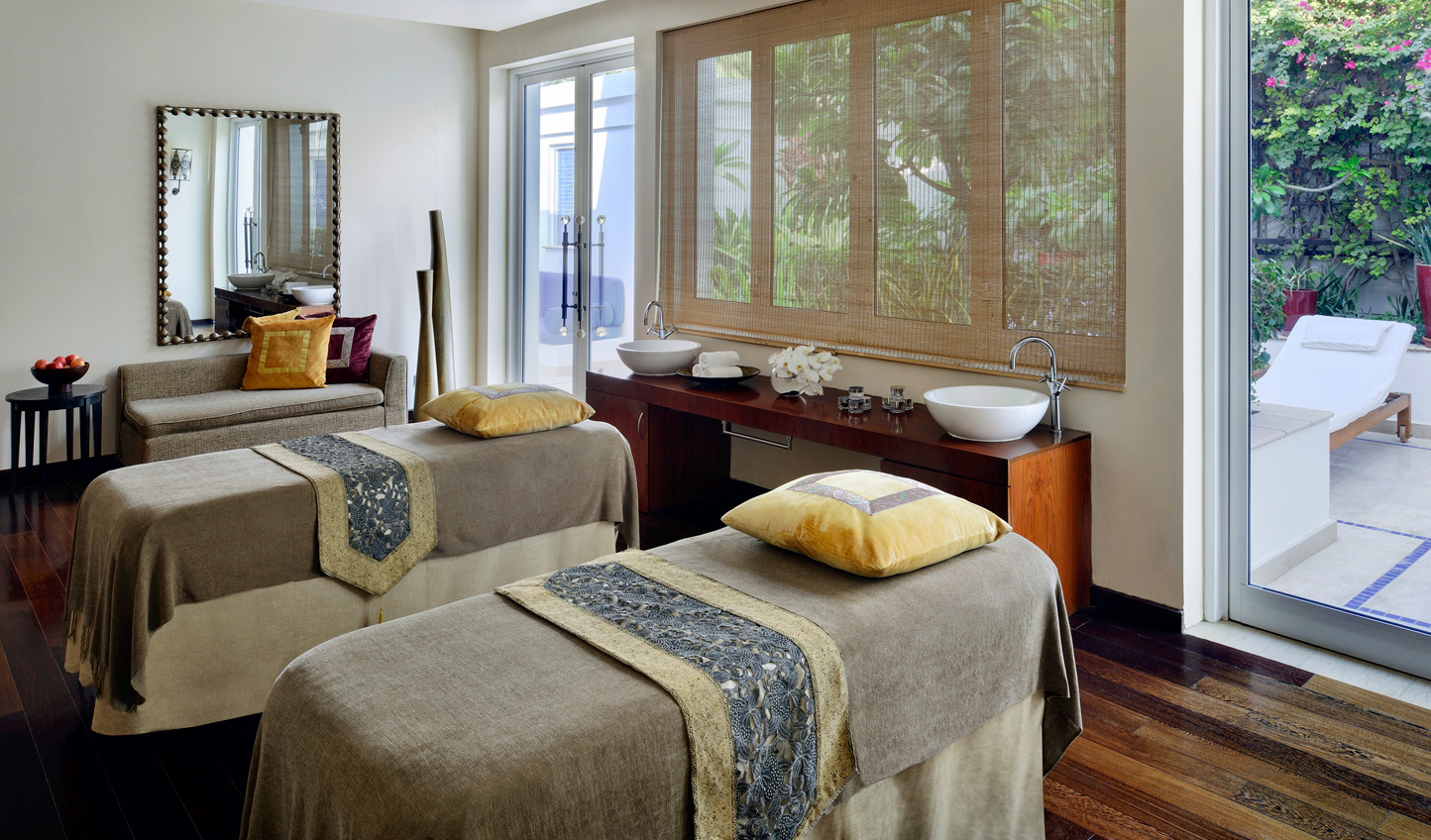 Lulled by the tranquility of the Creek, escape to Amara Spa