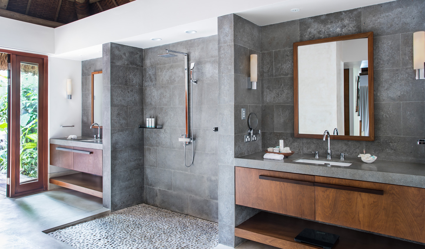 One of two en-suite showers