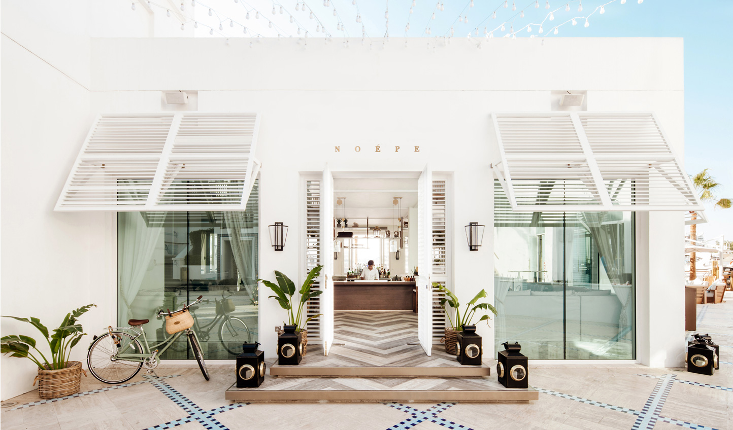 For long lazy lunches and afternoons in the sun, Park Hyatt Dubai's Noepe has the answer