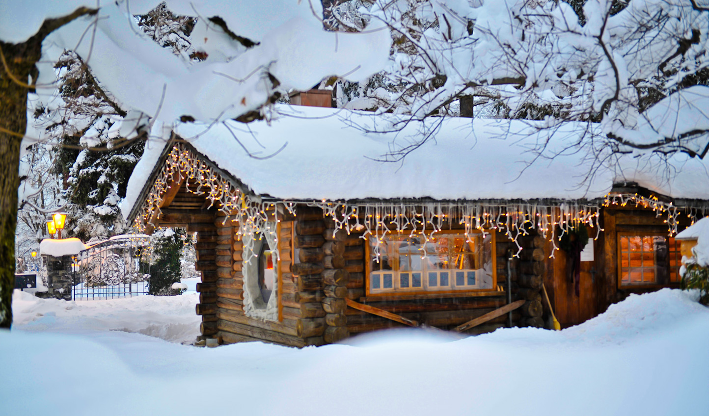 Make your way through the snow to the raclettes and fondues of Le Petit Chalet