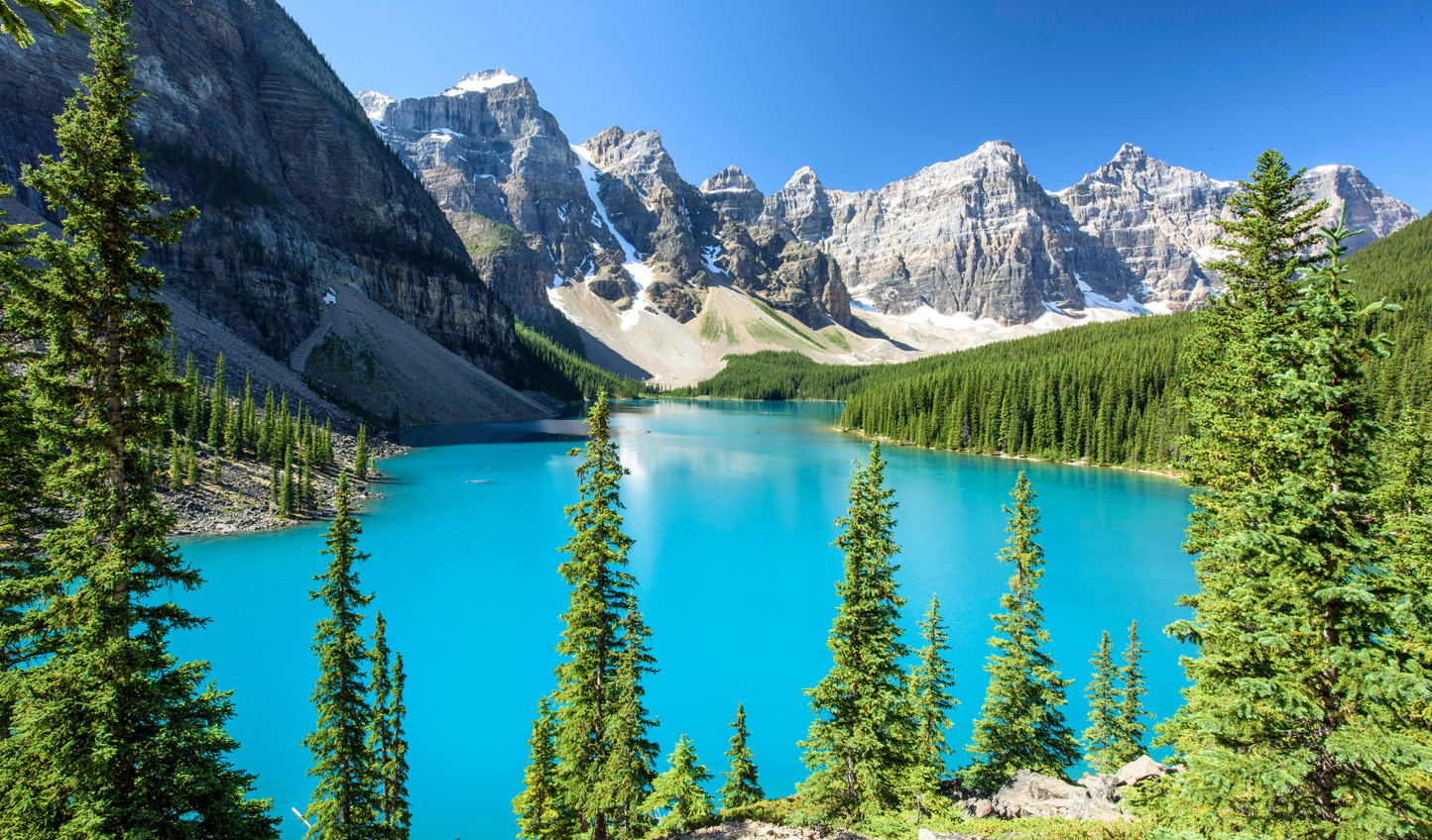 Head into the iconic mountainscapes of Banff