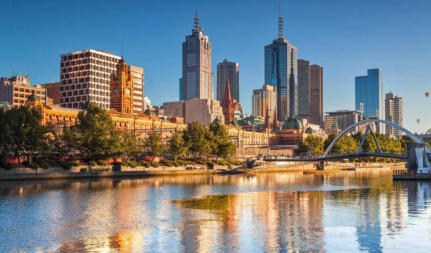 Wander the banks of the Yarra River