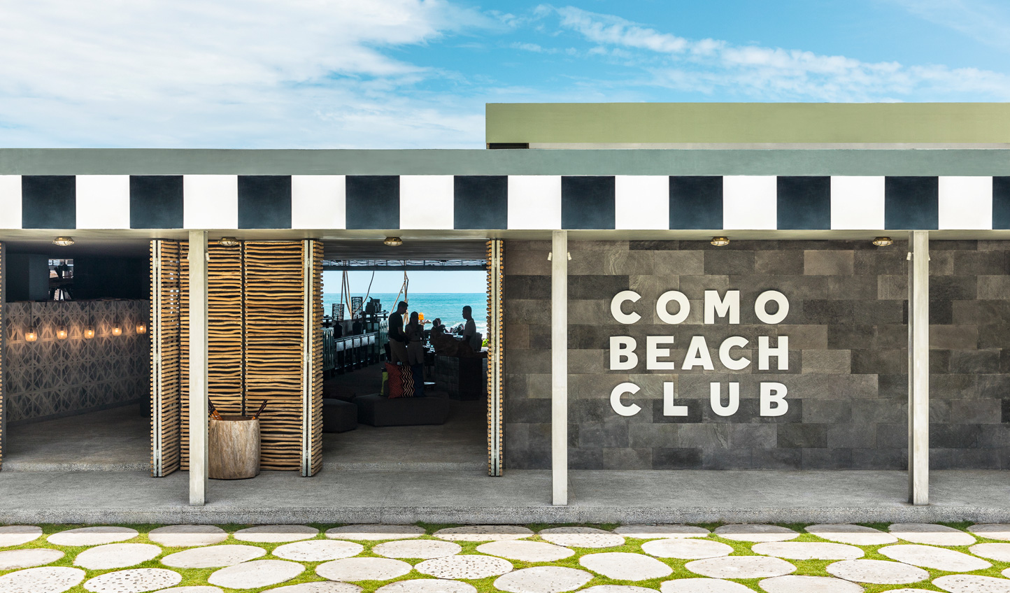 Head down to COMO Beach Club and relax by the rolling waves