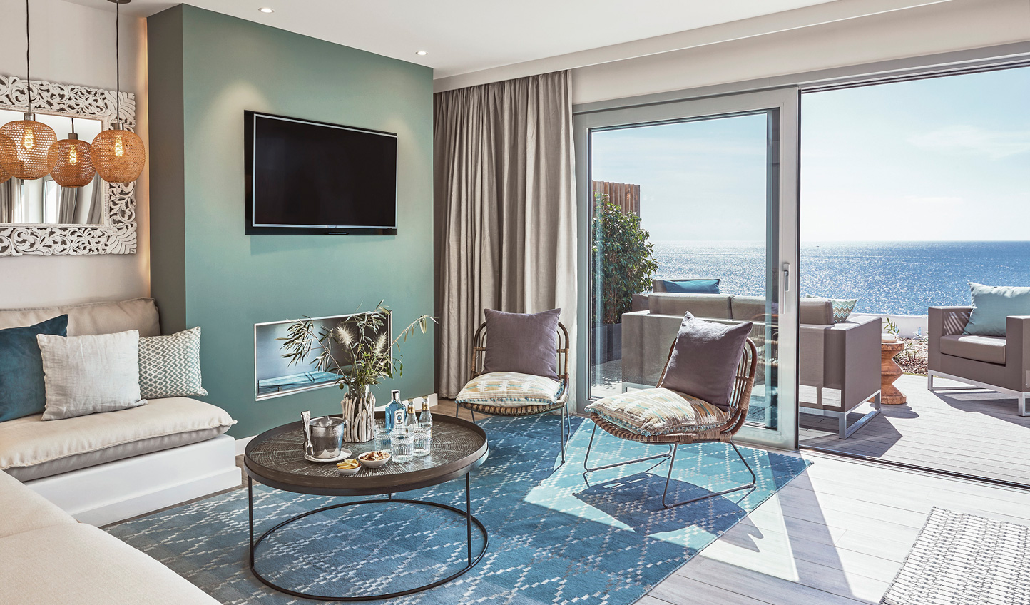 Discover a home from home in your stylish suite
