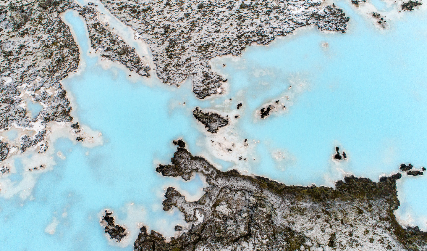 See Iceland's landscapes from the skies