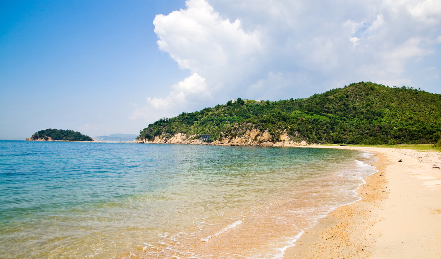 End your stay on the quiet beaches of Naoshima