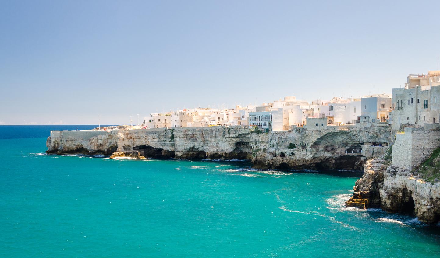 Discover the Apulian coastline