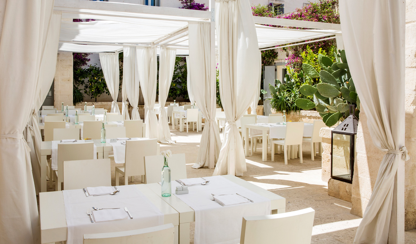 Dine on fresh seafood and Italian flavours