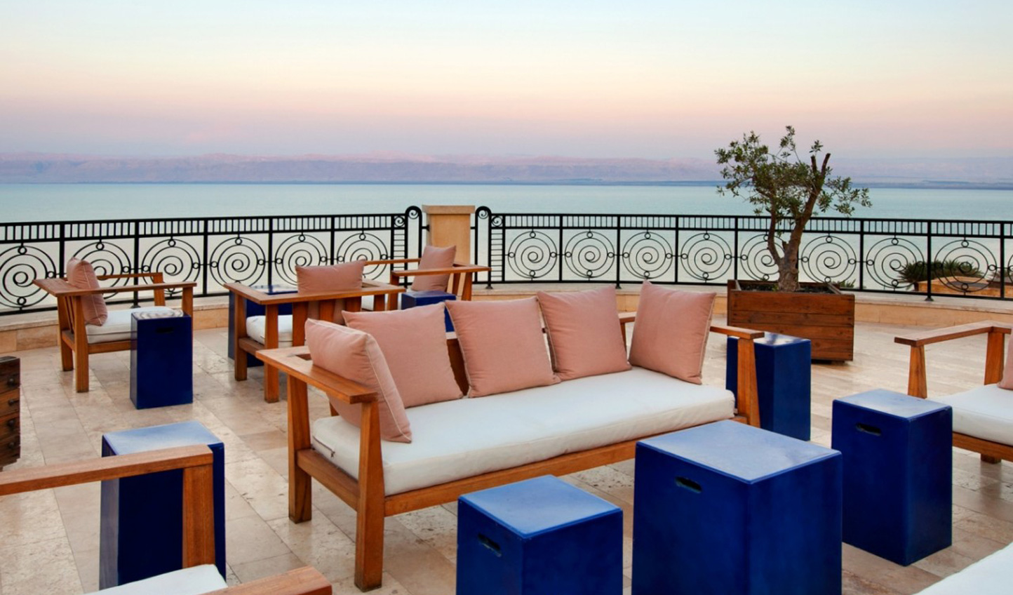 Wash off the salt and catch the sunset from Kempinski Hotel Ishtar