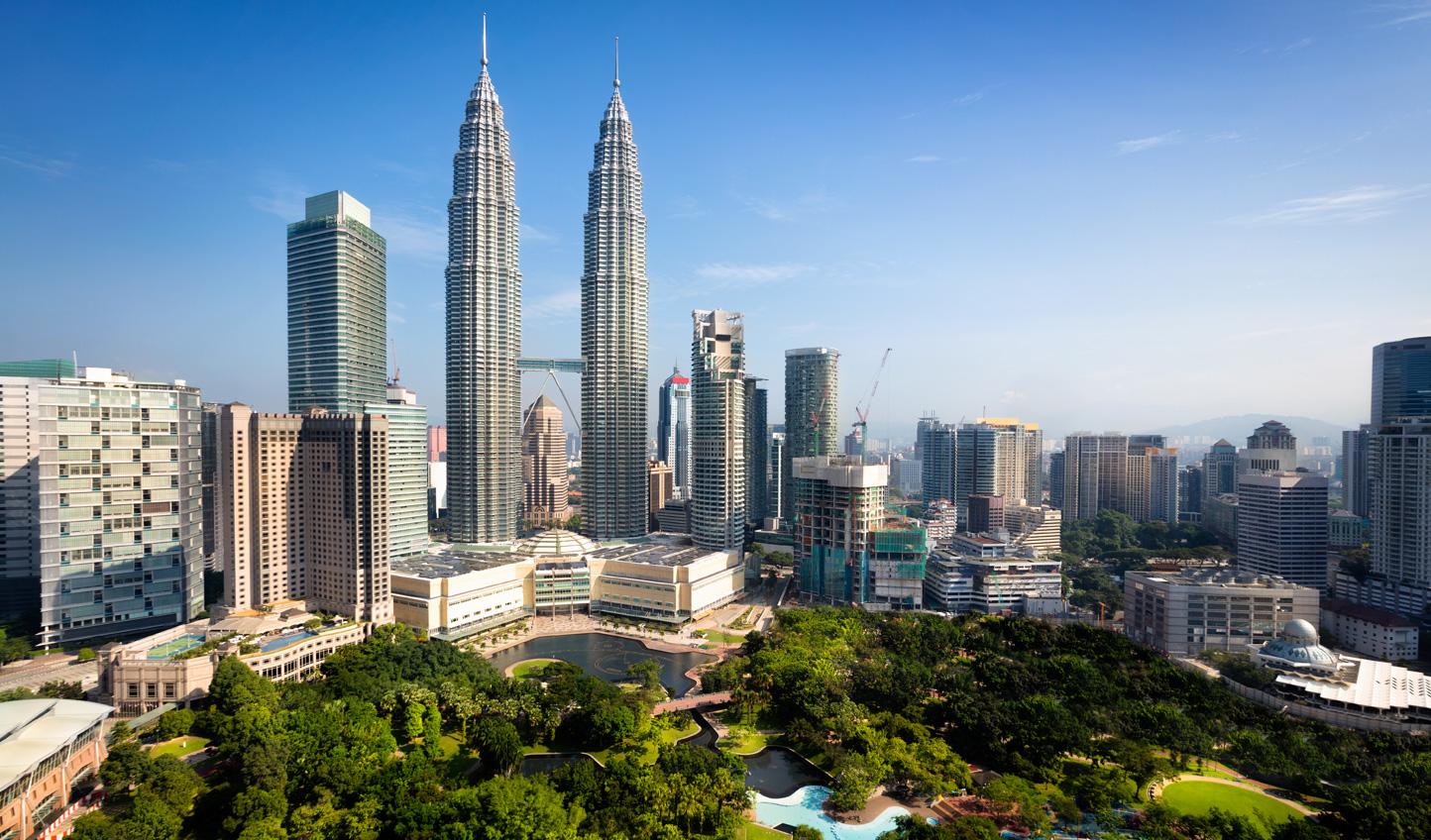 Kickstart your trip amid the buzz of Kuala Lumpur