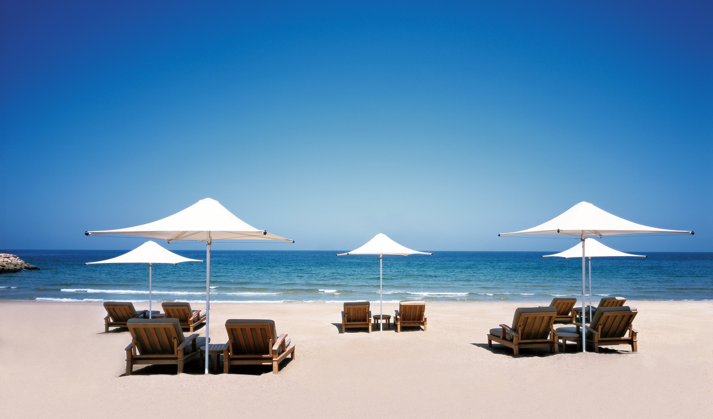 Spend the last few days with your toes in the sand at Shangri La Al Waha