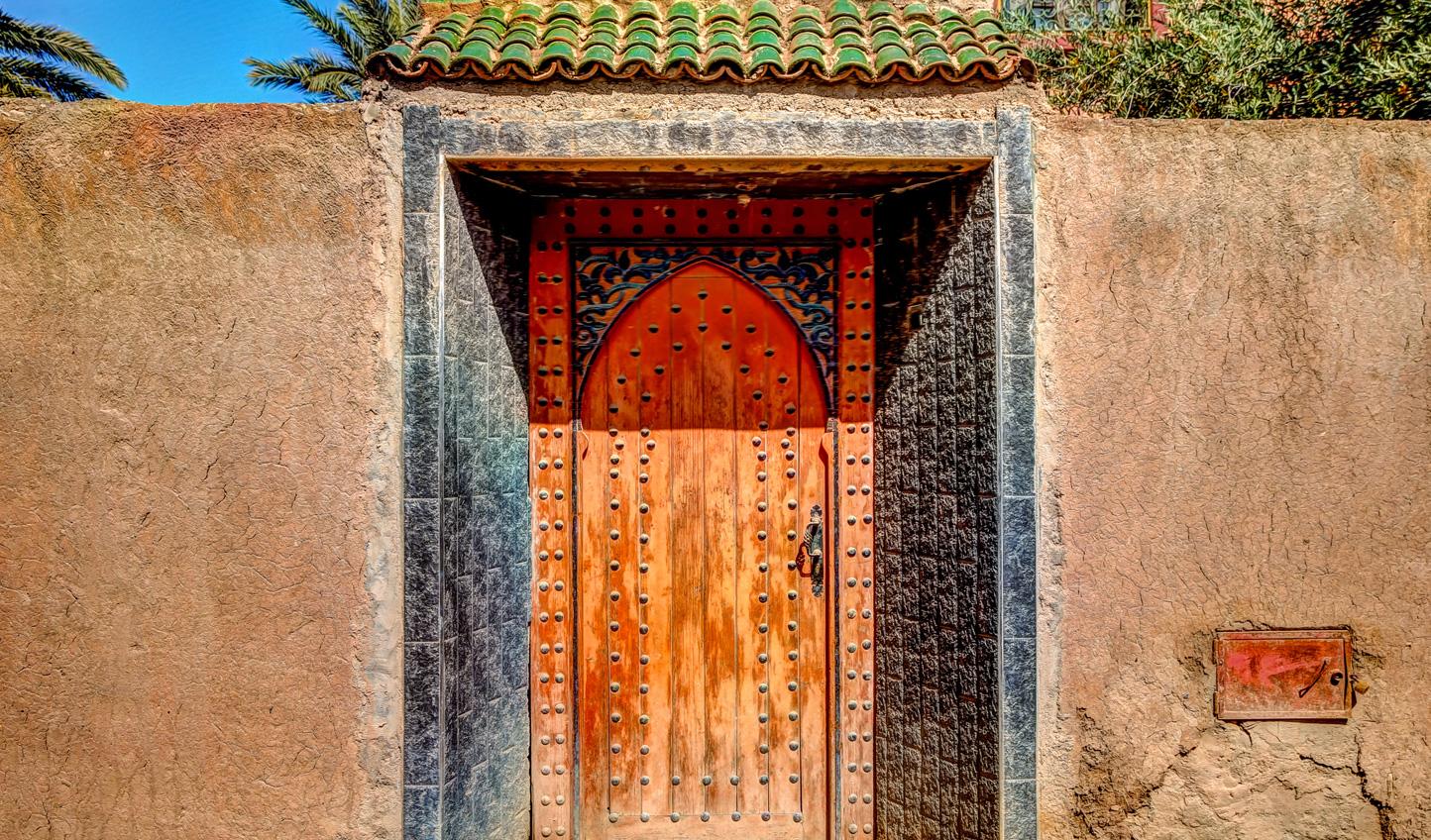 Explore the desert kasbahs of Skoura