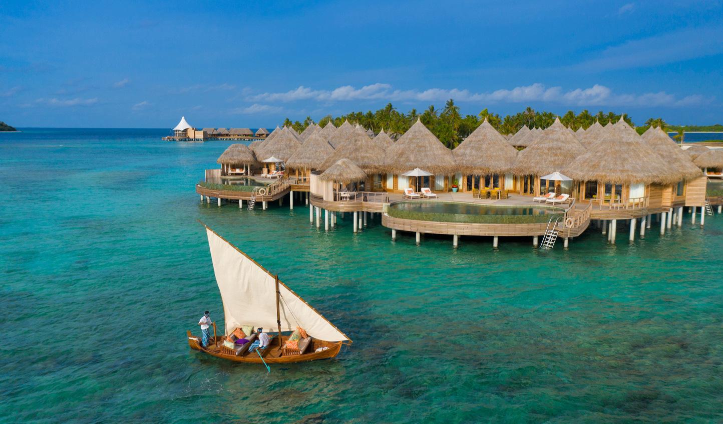 Explore the atoll on a private dhoni cruise